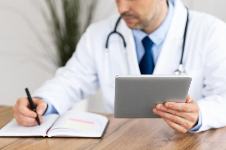 Importancia de la historia clínica del paciente